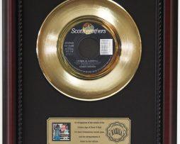 JAMES-BROWN-LIVING-IN-AMERICA-GOLD-RECORD-CUSTOM-FRAMED-CHERRYWOOD-DISPLAY-K1-172204349578