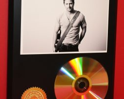 KIP-MOORE-24kt-GOLD-CDDISC-COLLECTIBLE-RARE-AWARD-QUALITY-PLAQUE-GIFT-180870561818