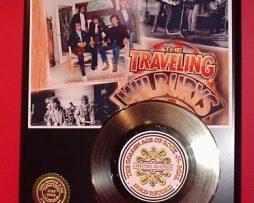 TRAVELING-WILBURY-ART-GOLD-RECORD-LIMITED-EDITION-DISPLAY-MEMORABILIA-WALL-DECOR-170643752458