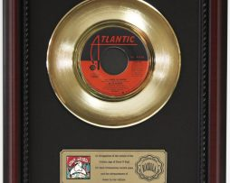 BETTE-MIDLER-ALL-I-NEED-TO-KNOW-GOLD-RECORD-CUSTOM-FRAME-CHERRYWOOD-DISPLAY-K1-182088983559