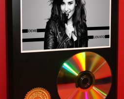 DEMI-LOVATO-LTD-EDITION-24kt-GOLD-CD-DISC-COLLECTIBLE-AWARD-QUALITY-DISPLAY-171349789469