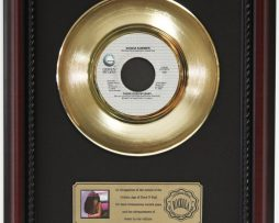 DONNA-SUMMER-THERE-GOES-MY-BABY-GOLD-RECORD-CUSTOM-FRAME-CHERRYWOOD-DISPLAY-K1-182089304649