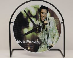 ELVIS-PRESLEY-PICTURE-CD-CLOCK-THAT-PLAYS-THE-SONG-RETURN-TO-SENDER-181423502359