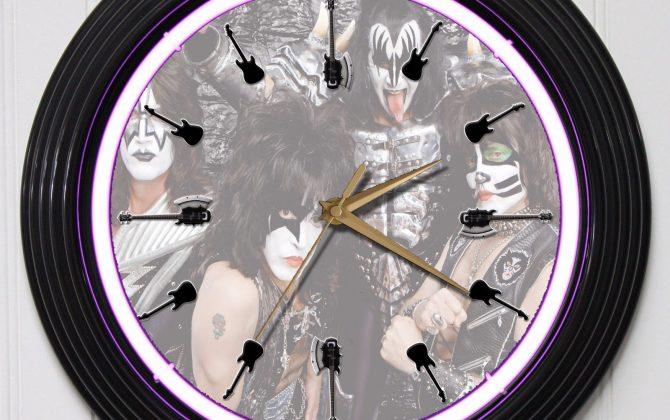 KISS 15 PURPLE NEON ROCK N ROLL WALL CLOCK K1 Gold Record