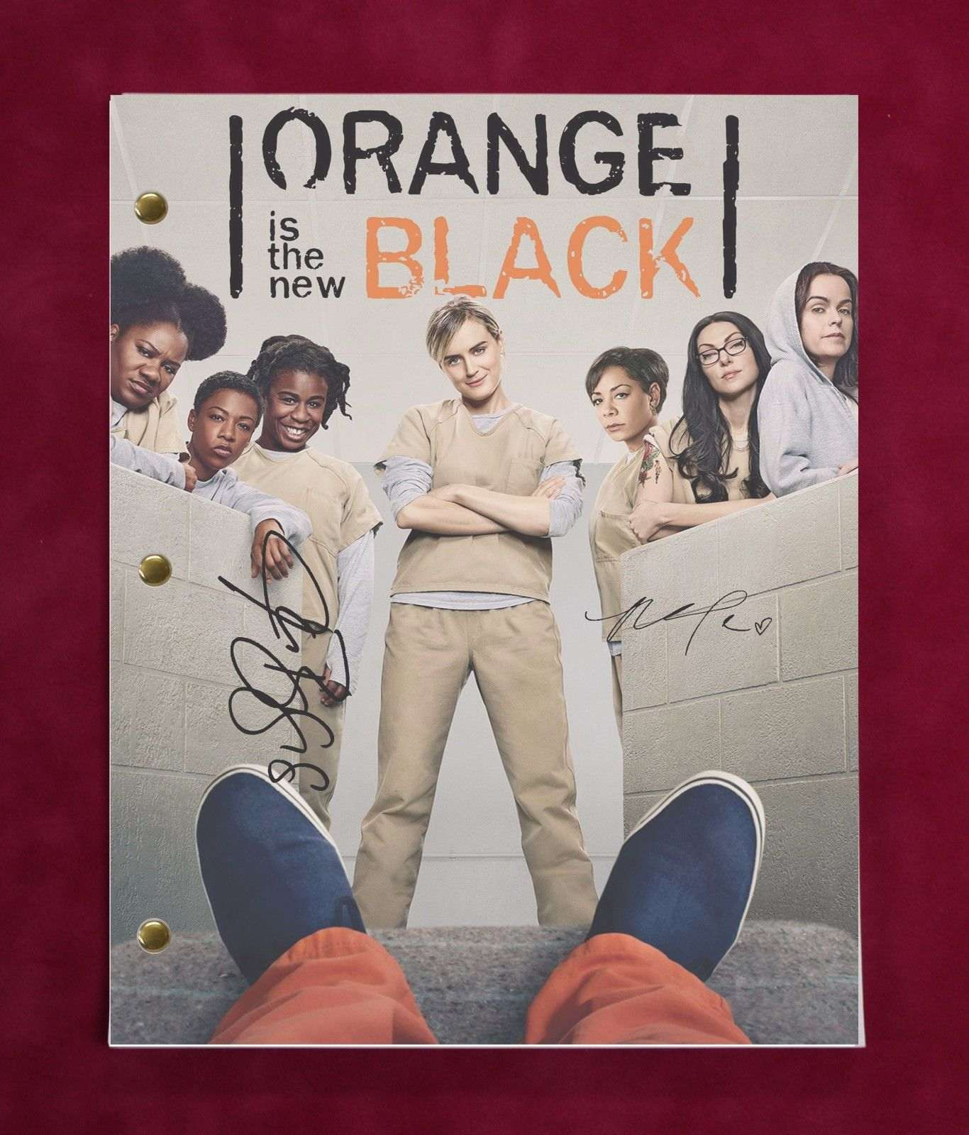 Orange Is The New Black Tv Script W/ Repro Signatures Schilling Brooks C3