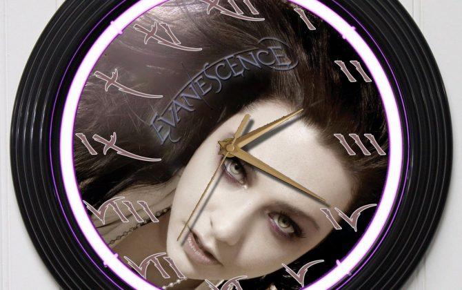 EVANESCENCE 3 15 PURPLE NEON ROCK N ROLL WALL CLOCK K1 Gold